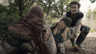Fear The Walking Dead - : Season 5, Episode 04 Skidmark - AMC