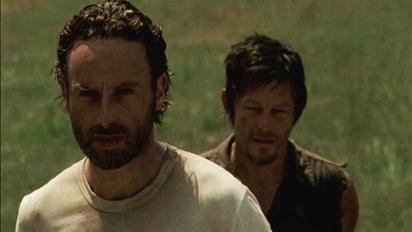 Video Extra - The Walking Dead - The Cast On Season 3 Inside
